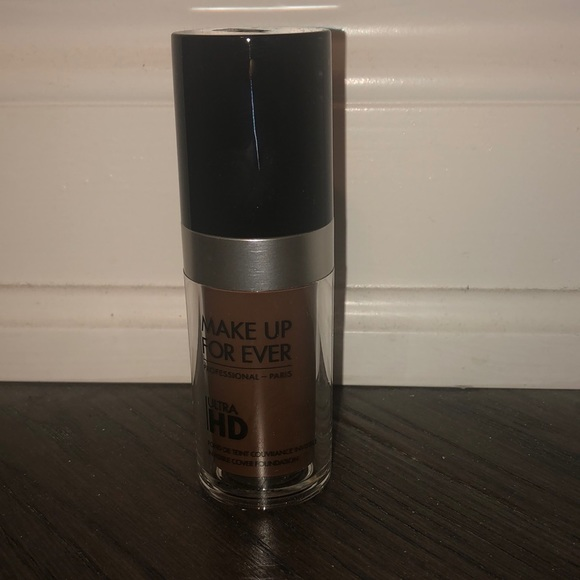 Makeup Forever Other - Makeup forever ultra HD invisible cover foundation